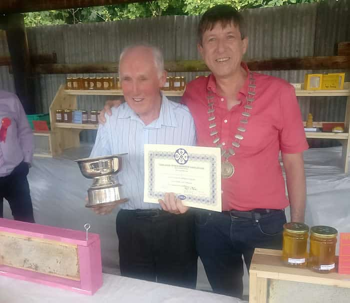 Mr peter Walsh, Beekeeper of the Year