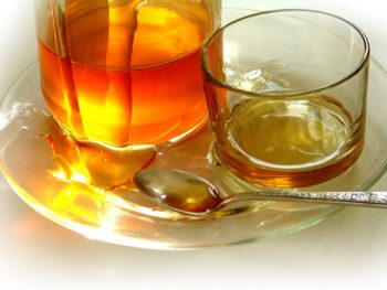 Preparing Honey for Markets and Shows